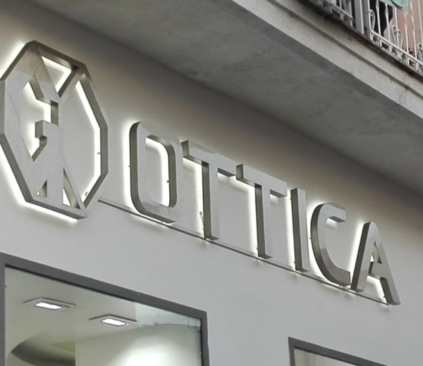 Insegna per G. Ottica